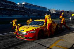 Joey Logano, Team Penske Ford Fusion pit stop
