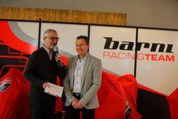 L'ambiance à la présentation du Barni Racing Team
