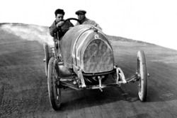 Enzo Ferrari in test with the mechanic Nino Berretta, 15-20 HP CMN