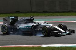 Lewis Hamilton, Mercedes F1 W06, spin