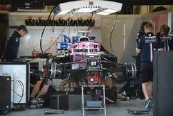 La Force India VJM11 au garage