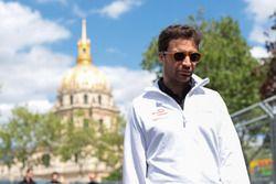 Jérôme d'Ambrosio, Dragon Racing, caminando por la pista
