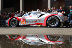 Автомобиль Ferrari 488 GTE (№54) команды Spirit of Race