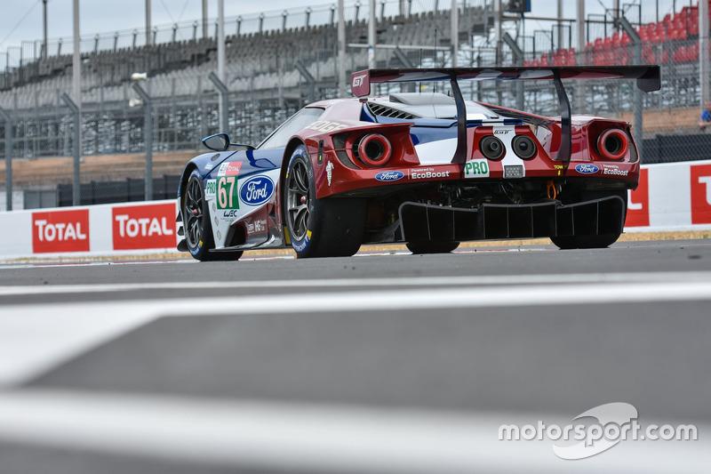 #67 Ford Chip Ganassi Racing Ford GT