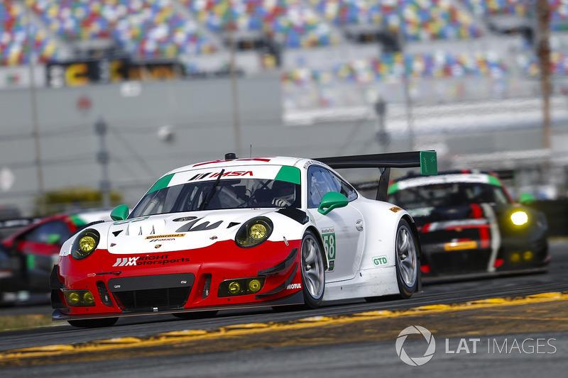 37.- #58 Wright Motorsports Porsche 911 GT3 R (GTD): Patrick Long, Christina Nielsen, Robert Renauer, Mathieu Jaminet