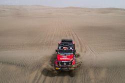 Мартин ван ден Бринк, Ваутер Росегар и Даниэл Козловски, Mammoet Rallysport, Renault CBH 385 (№506)