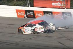 Crash: Darrell Wallace Jr., Richard Petty Motorsports, Chevrolet Camaro Mile 22 (Screenshot)