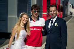 Charles Leclerc, Sauber with Bride and Groom
