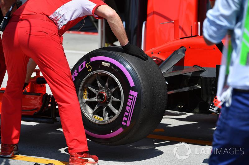 Ferrari SF71H Pirelli tyre