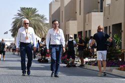 Charlie Whiting, delegado de la FIA y Laurent Mekies, Director de seguridad de la FIA