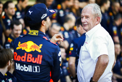 Daniel Ricciardo, Red Bull Racing, Helmut Markko, Consultant, Red Bull Racing