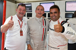 Paul Stoddart, Stuart Codling, Zsolt Baumgartner, pilote de la biplace F1 Experiences