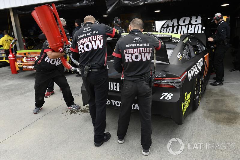 Работники команды Joe Gibbs Racing