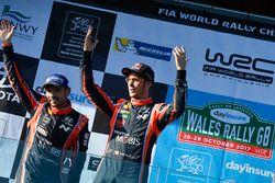 Podio: Thierry Neuville, Nicolas Gilsoul, Hyundai i20 WRC, Hyundai Motorsport