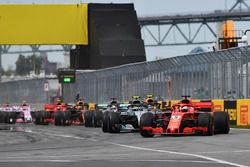 Sebastian Vettel, Ferrari SF71H líder al inicio