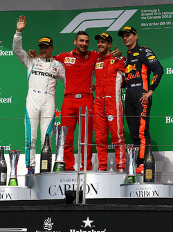Valtteri Bottas, Mercedes-AMG F1, Sebastian Vettel, Ferrari en Max Verstappen, Red Bull Racing op het podium