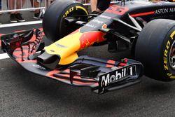 Le nez et l'aileron avant d'une Red Bull Racing RB14
