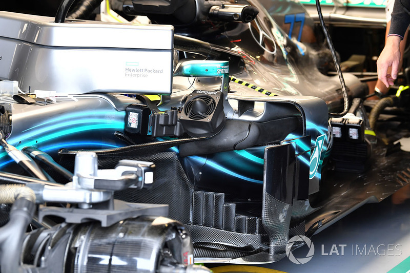 Mercedes-AMG F1 W09 barge boards