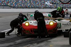 Пит-стоп: Патрик Лонг, Кристина Нильсен, Роберт Ренауэр, Матье Жамине, Wright Motorsports, Porsche 9