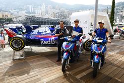 Toyoharu Tanabe, directeur technique F1 Honda, Brendon Hartley, Toro Rosso et Pierre Gasly, Toro Rosso
