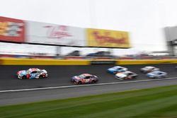 Kyle Busch, Joe Gibbs Racing, Toyota Camry M&M's Red White & Blue, Denny Hamlin, Joe Gibbs Racing, Toyota Camry FedEx Ground