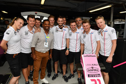 Alfonso Ribeiro, with Force India F1