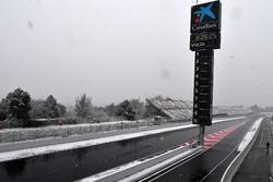 Snow stops testing