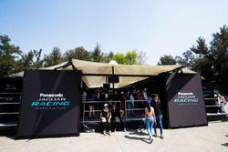 Стенд Jaguar Racing