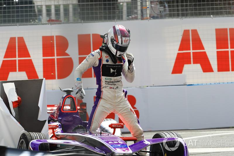 Alex Lynn, DS Virgin Racing, dopo l'incidente nelle Libere 2