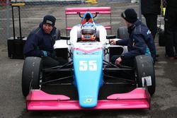 Jamie Chadwick, Douglas Motorsport