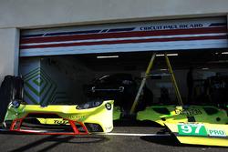 #97 Aston Martin Racing Aston Martin Vantage AMR, #95 Aston Martin Racing Aston Martin Vantage AMR