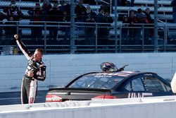 Clint Bowyer, Stewart-Haas Racing, Ford Fusion Haas Automation Demo Day celebrates his win