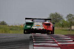 Squadra Corse Garage Italia Americas Ferrari 488 GT3: Caeser Bacarella, Martin Fuentes