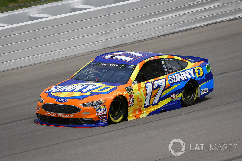 16. Ricky Stenhouse Jr., Roush Fenway Racing, Ford Fusion SunnyD