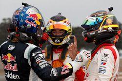 Yarış galibi Fabian Coulthard, DJR Team Penske Ford, 2. Shane van Gisbergen, Triple Eight Race Engineering Holden, 3. Scott McLaughlin, DJR Team Penske Ford