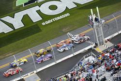 Last restart: Chase Elliott, JR Motorsports Chevrolet aan de leiding