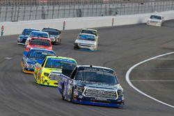 Ryan Truex, Hattori Racing Enterprises Toyota and Matt Crafton, ThorSport Racing Toyota