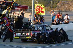 Noah Gragson, Kyle Busch Motorsports Toyota pit stop