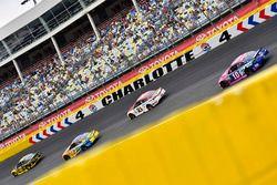 Brad Keselowski, Team Penske Ford, Ricky Stenhouse Jr., Roush Fenway Racing Ford y Danica Patrick, S