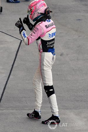Esteban Ocon, Sahara Force India F1 celebrates in parc ferme