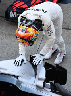 Ganador, Lewis Hamilton, Mercedes-Benz F1 W08  celebrates