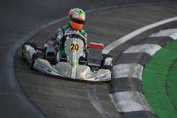 Gianluca Petecof en Bahrein