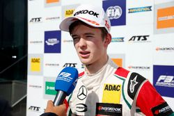 Podio: Callum Ilott, Prema Powerteam, Dallara F317 - Mercedes-Benz