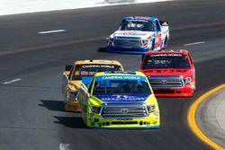 Matt Crafton, ThorSport Racing Toyota, Todd Gilliland, Kyle Busch Motorsports Toyota, Grant Enfinger