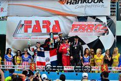 #60 MP4C Honda EK driven by Aramis Mello & Osiris Pena of AM Racing, #133 MP4C Honda Civic driven by