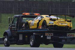 La vettura incidentata #31 TR3 Racing Ferrari 488 GT3: Daniel Mancinelli, Niccolo Schiro
