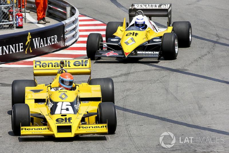 Жан-Пьер Жабуй, Renault Sport F1 Team RS01, и Ален Прост, Renault Sport F1 Team RE40