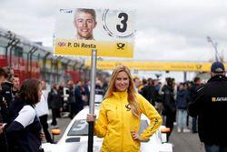 Grid girl de Paul Di Resta, Mercedes-AMG Team HWA, Mercedes-AMG C63 DTM