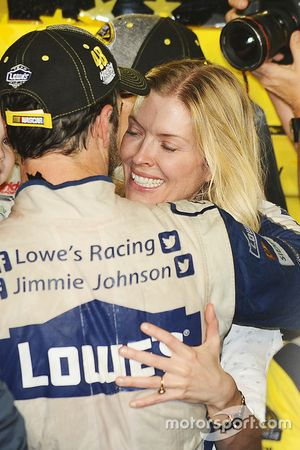 2016 Champion and race winner Jimmie Johnson, Hendrick Motorsports Chevrolet with wife Chandra