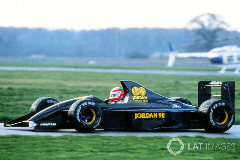 John Watson prueba en pista el Jordan 911 (1990)